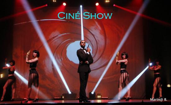 02 CinéShow Affiche